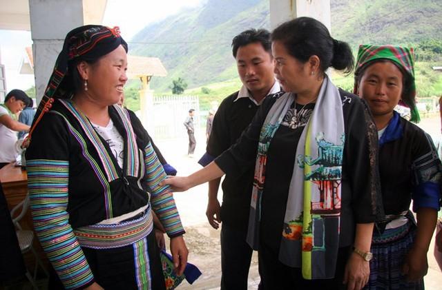 Chân dung nữ Bí thư Tỉnh ủy Lai Châu vừa nhận nhiệm vụ - Ảnh 5.