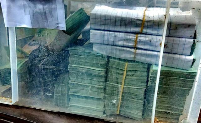 Khởi tố, tạm giam hai đối tượng cướp tiền tỷ ở Khánh Hòa  - Ảnh 7.