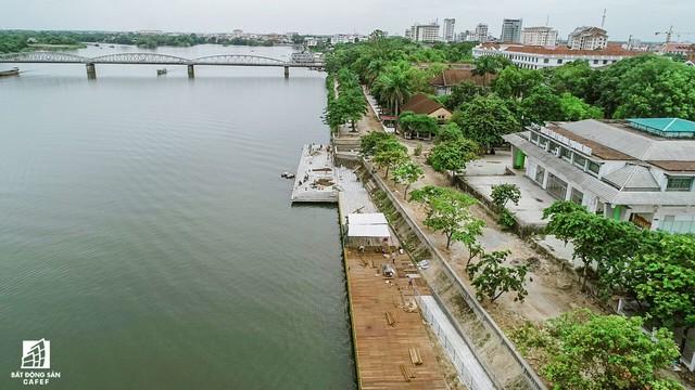 Toàn cảnh dự án cầu đi bộ siêu sang lát gỗ lim gần 53 tỷ đồng ở Huế - Ảnh 11.