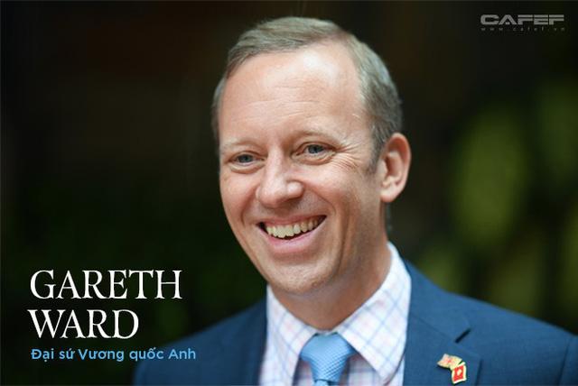 Chân dung bất ngờ của tân Đại sứ Vương Quốc Anh ở Việt Nam - Ảnh 1.