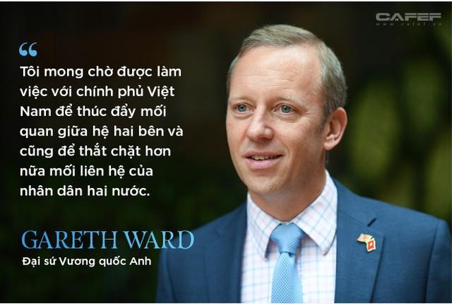 Chân dung bất ngờ của tân Đại sứ Vương Quốc Anh ở Việt Nam - Ảnh 7.