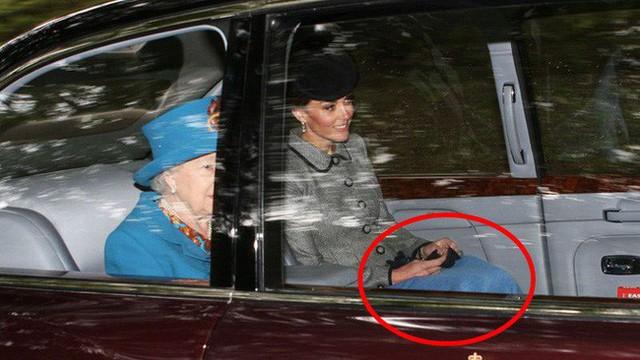 Người hâm mộ tinh ý phát hiện ra vật bất thường trong xe hơi chở Công nương Kate, vô tình tiết lộ thói quen khó bỏ của người hoàng gia - Ảnh 3.