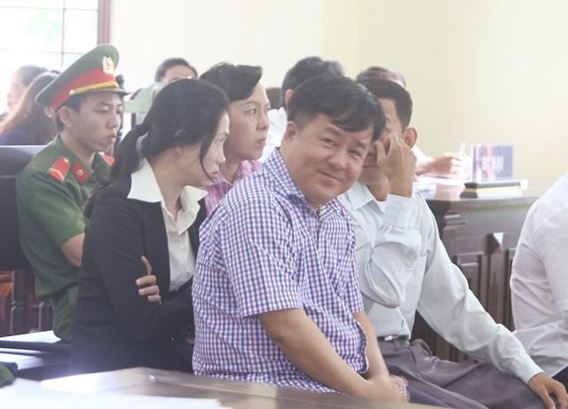 """Đại gia thủy sản Tòng """"Thiên Mã"""" nhận 18 năm tù - Ảnh 1."""