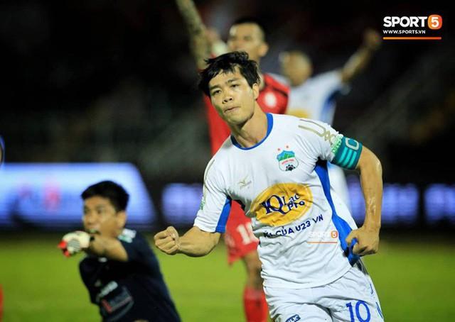 Công Phượng đứng trước cơ hội trở thành chân sút nội xuất sắc nhất V-League 2018 - Ảnh 2.