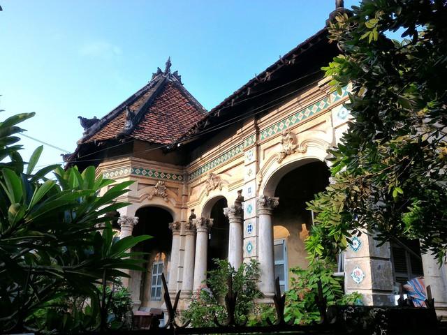 Căn biệt thự gần 100 tuổi được tháo dỡ dở dang ở Sài Gòn - Ảnh 3.
