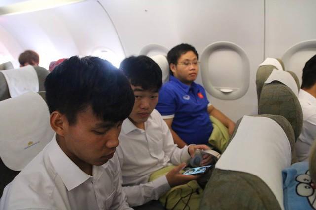 Chuyến bay đặc biệt của Vietnam Airlines đón đội tuyển Olympic về nước đúng ngày Quốc khánh - Ảnh 3.