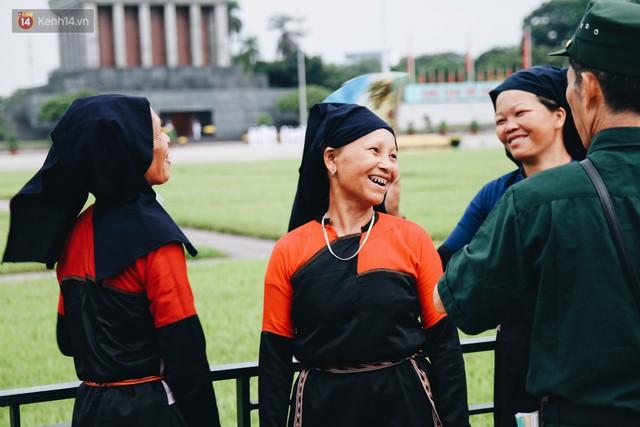 Xúc động lễ chào cờ thiêng liêng nhất trong năm tại Quảng trường Ba Đình lịch sử - Ảnh 9.