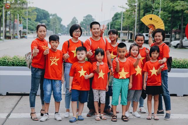 Xúc động lễ chào cờ thiêng liêng nhất trong năm tại Quảng trường Ba Đình lịch sử - Ảnh 10.
