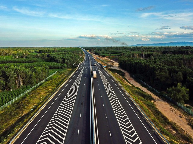 Cao tốc 1,5 tỷ USD Thứ nhất ở miền Trung có gì đặc thù? - Ảnh 2.