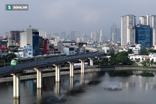 13 đoàn tàu đường sắt Cát Linh - Hà Đông đang chạy thử trong sáng nay - Ảnh 12.