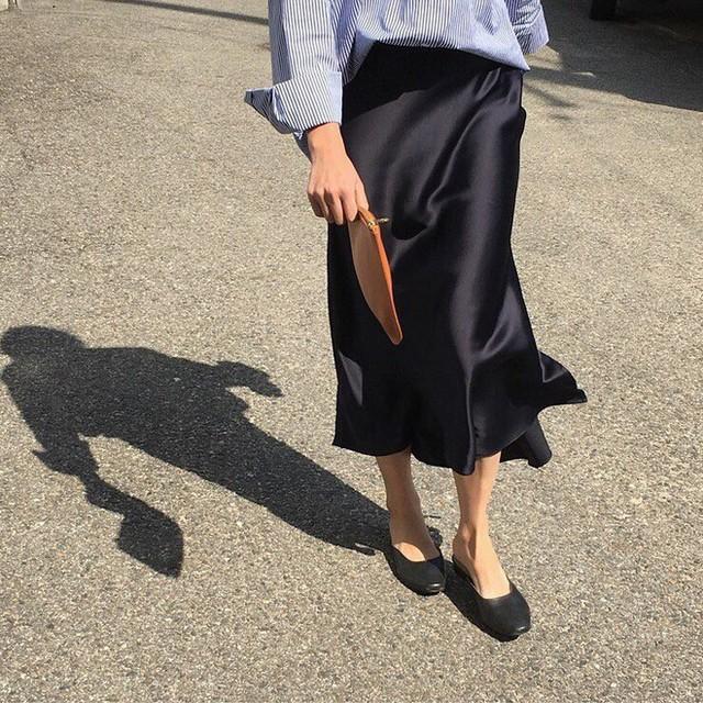 Sắm đủ 6 món đồ này, bạn hoàn toàn có thể mặc đẹp như một quý cô người Pháp - Ảnh 6.