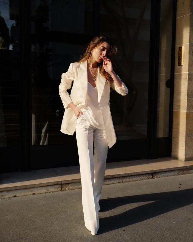 Sắm đủ 6 món đồ này, bạn hoàn toàn có thể mặc đẹp như một quý cô người Pháp - Ảnh 7.