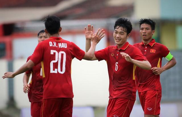 Thầy trò HLV Park Hang Seo giữ vững ngôi đầu Đông Nam Á - Ảnh 1.