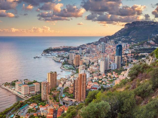 Trải nghiệm cuộc sống xa hoa trong khách sạn sang chảnh bậc nhất tại Monaco có giá tới 41.000 USD/đêm - Ảnh 2.