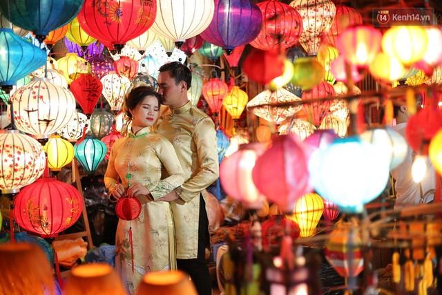 Nghề làm đèn lồng truyền thống ở phố cổ Hội An tất bật những ngày cận Trung thu - Ảnh 13.