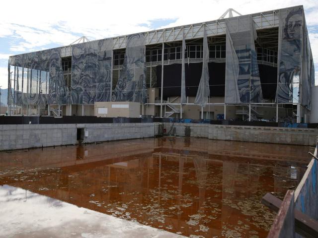 10 công trình nổi tiếng giờ ở trong cảnh hoang tàn: Không thể tin có nơi từng được dùng cho sự kiện tầm cỡ thế giới - Ảnh 3.