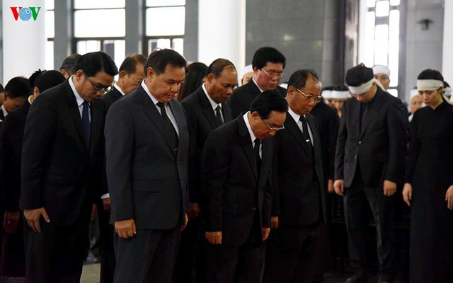 Các đoàn đại biểu quốc tế viếng Chủ tịch nước Trần Đại Quang - Ảnh 2.