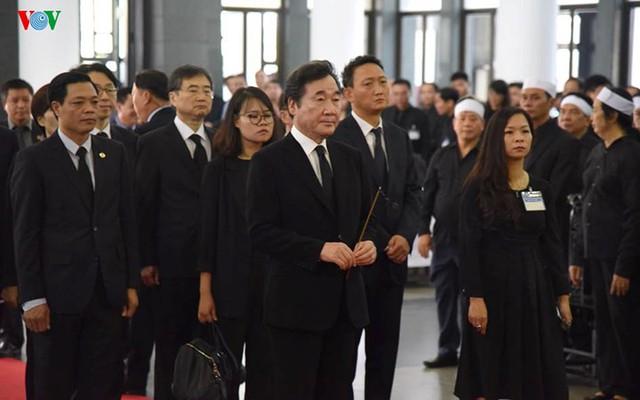 Các đoàn đại biểu quốc tế viếng Chủ tịch nước Trần Đại Quang - Ảnh 10.