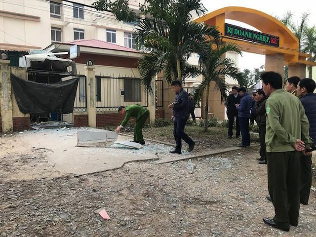 Hai anh em chế mìn cho nổ cây ATM ngân hàng Vietinbank - Ảnh 2.