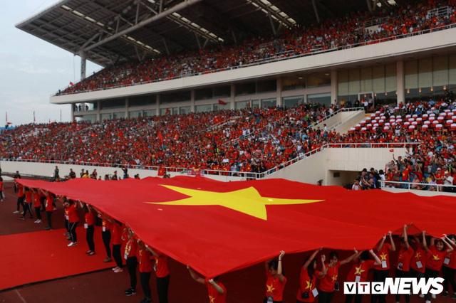 Những khoảnh khắc chứng minh Olympic Việt Nam vô địch trong lòng hàng triệu người hâm mộ - Ảnh 2.