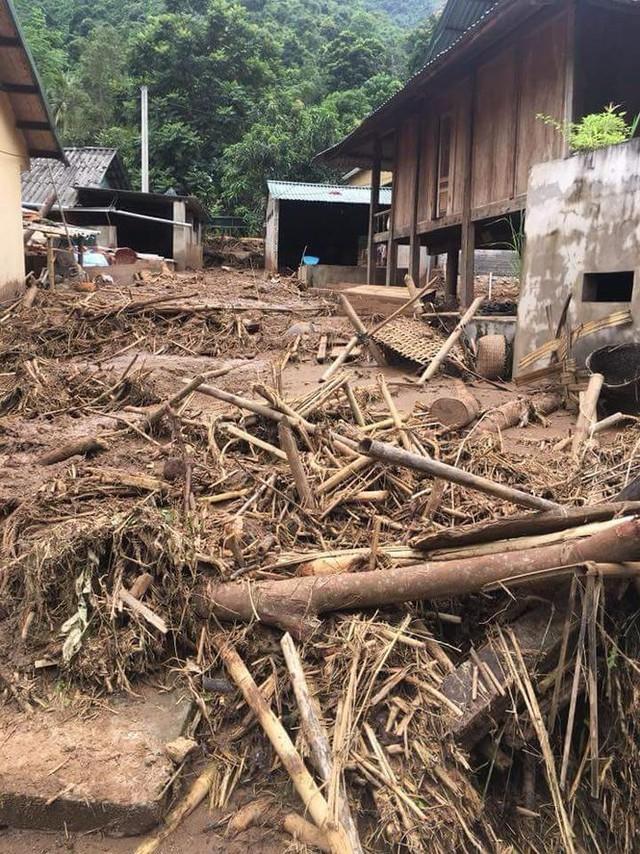 Hình ảnh mưa lũ tàn phá khủng khiếp ở Mường Lát  - Ảnh 11.