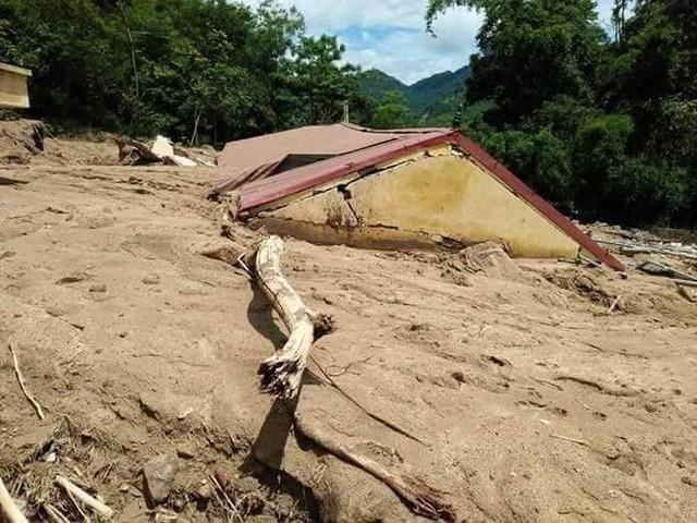 Hình ảnh mưa lũ tàn phá khủng khiếp ở Mường Lát  - Ảnh 14.