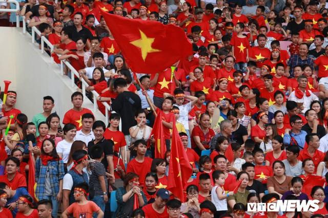 Những khoảnh khắc chứng minh Olympic Việt Nam vô địch trong lòng hàng triệu người hâm mộ - Ảnh 3.