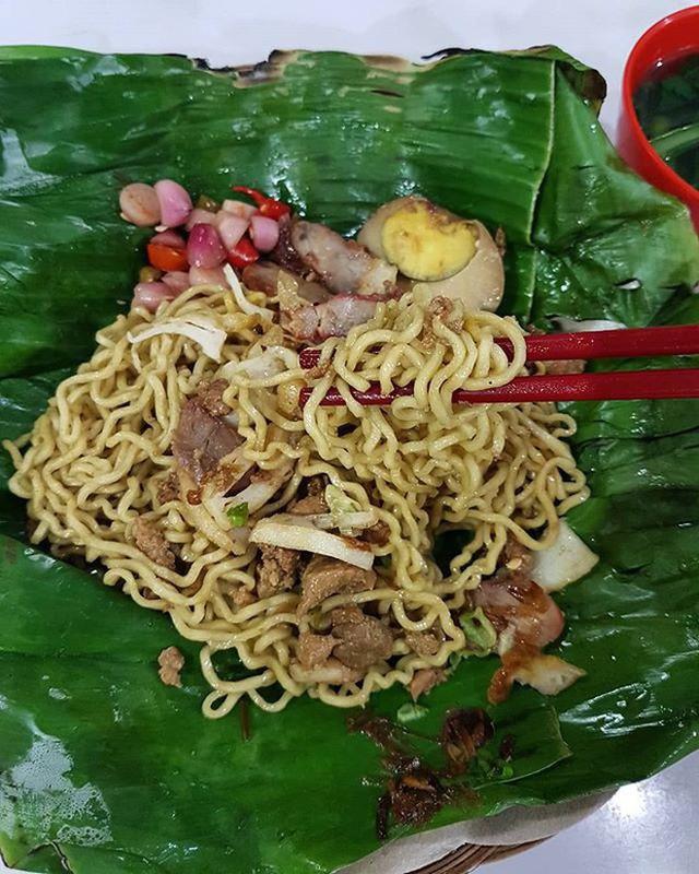Ở Indonesia có một nhà hàng với kiểu thưởng mì độc đáo chưa từng thấy, ăn xong đảm bảo nhớ mãi - Ảnh 6.
