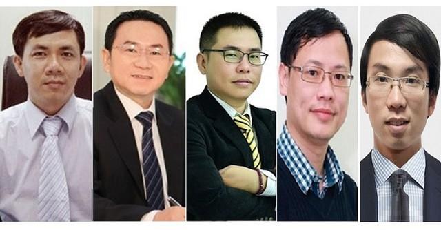 """""""Gieo quẻ"""" VN-Index cuối năm, nên đầu tư vào cổ phiếu nào? - Ảnh 1."""