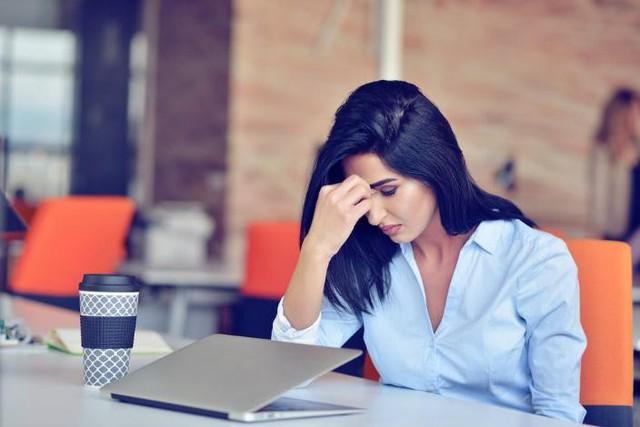 Để cảm xúc chi phối, chủ quan, xao nhãng công việc: Những sai lầm nhỏ khi mới đi làm có thể hủy hoại cả tương lai của bạn - Ảnh 2.