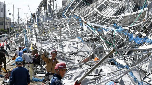 Hình ảnh: Nhật Bản hoang tàn, đổ nát sau liên tiếp siêu bão Jebi và động đất 6 độ Richter ở Hokkaido - Ảnh 22.