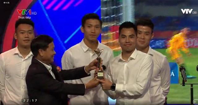VTV Award 2018: Táo Quân đột ngột xuất hiện, U23 và bé Bôm đoạt giải thưởng quan trọng - Ảnh 8.