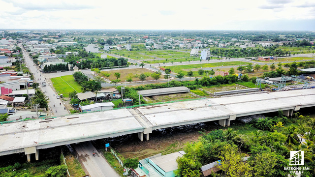 Cận cảnh cao tốc Bến Lức - Long Thành đoạn qua TP.HCM và Long An - Ảnh 15.