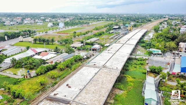 Cận cảnh cao tốc Bến Lức - Long Thành đoạn qua TP.HCM và Long An - Ảnh 14.