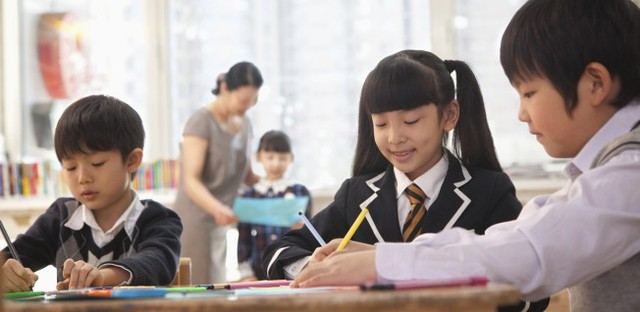 Giáo dục có thể được coi là hộ chiếu cho tương lai, nhưng trường học dường như đang không truyền đạt được một số kỹ năng sống quan trọng nhất cho trẻ (Ảnh minh họa).