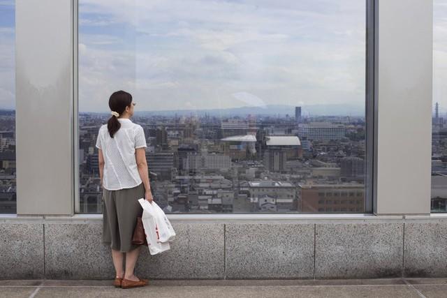 Một thế hệ cô đơn tại Nhật Bản: Nhiều người trẻ tìm đến tự tử tập thể, người già buồn tủi từ giã cuộc đời mà chẳng ai hay - Ảnh 2.