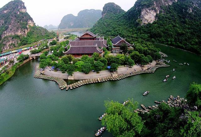 Nếu không ăn Tết ở nhà, đây là 10 điểm du lịch hấp dẫn nhất ở Việt Nam năm 2018 bạn không nên bỏ qua - Ảnh 3.