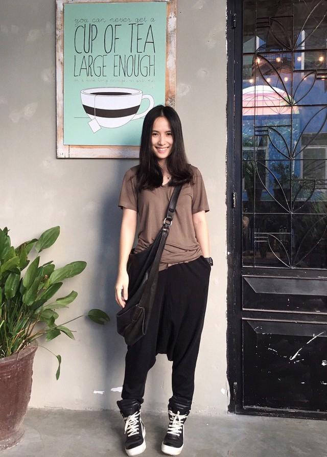 Trần Ngọc Hạnh Nhân - nữ HypeBeast duy nhất của thế hệ 8x Việt: 32 tuổi, không chỉ xinh mà còn chất phát ngất - Ảnh 5.