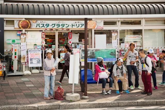 Một thế hệ cô đơn tại Nhật Bản: Nhiều người trẻ tìm đến tự tử tập thể, người già buồn tủi từ giã cuộc đời mà chẳng ai hay - Ảnh 5.