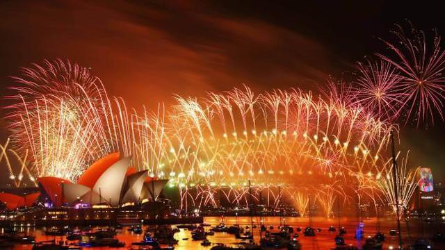 Chùm ảnh: Những khoảnh khắc ấn tượng đón năm mới 2019 khắp nơi trên thế giới - Ảnh 3.
