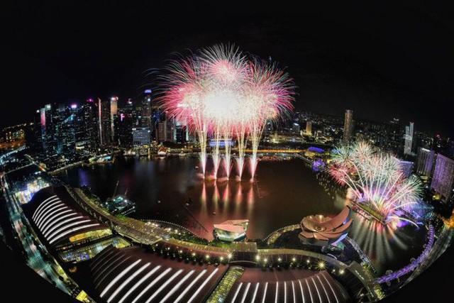 Chùm ảnh: Những khoảnh khắc ấn tượng đón năm mới 2019 khắp nơi trên thế giới - Ảnh 10.