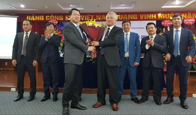 ĐHCĐ bất thường Vinaconex: CEO Ecopark Đào Ngọc Thanh, đại diện nhóm cổ đông An Quý Hưng giữ chức chủ tịch HĐQT Vinaconex - Ảnh 3.