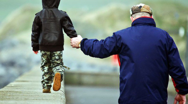 7 điều cha đúc kết cả đời để dạy con: Câu thứ 6 vận vào ai cũng đúng, muốn nên người thì đừng bao giờ quên - Ảnh 2.