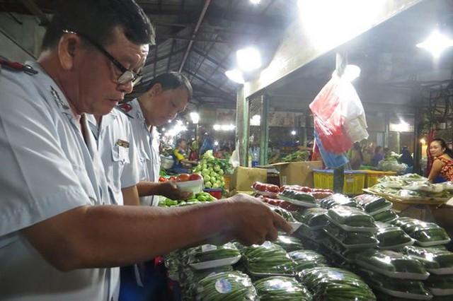 Cam Canh Trung Quốc đầy chợ đầu mối Sài Gòn - Ảnh 5.