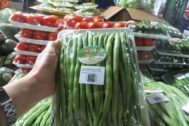 Cam Canh Trung Quốc đầy chợ đầu mối Sài Gòn - Ảnh 6.