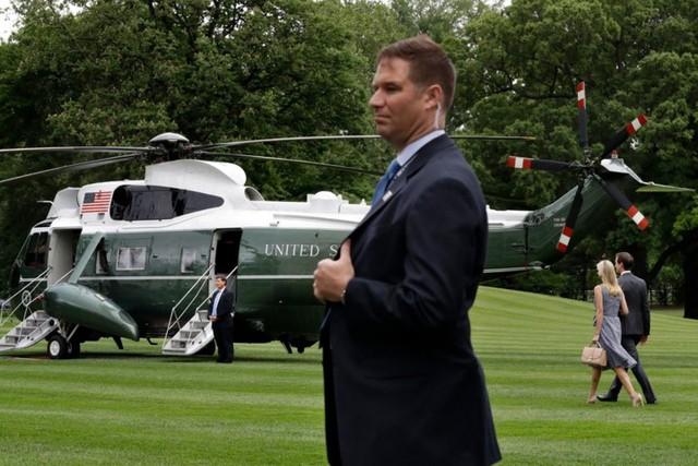 Tiết lộ về khối tài sản khủng và một sốh chi tiêu của nhà Ivanka Trump - Ảnh 19.