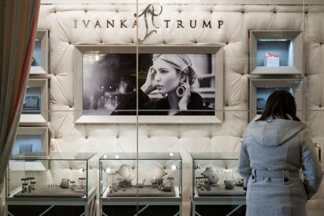 Tiết lộ về khối tài sản khủng và một sốh chi tiêu của nhà Ivanka Trump - Ảnh 7.