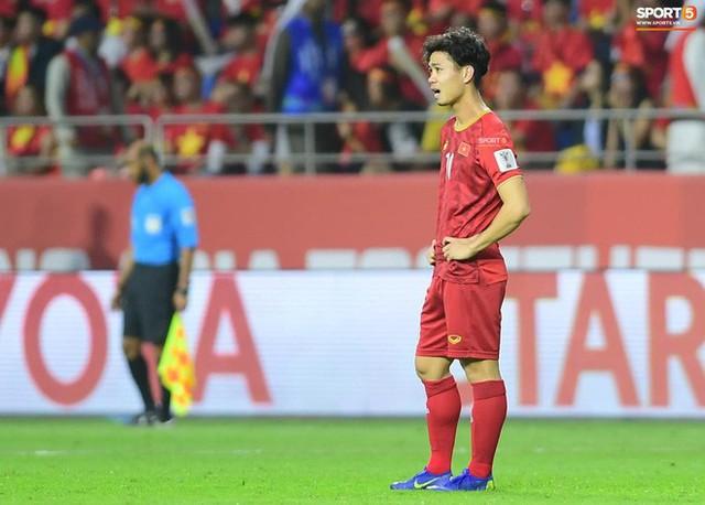 Công Phượng nghẹn ngào tự trách sau trận thua Nhật Bản - Ảnh 1.