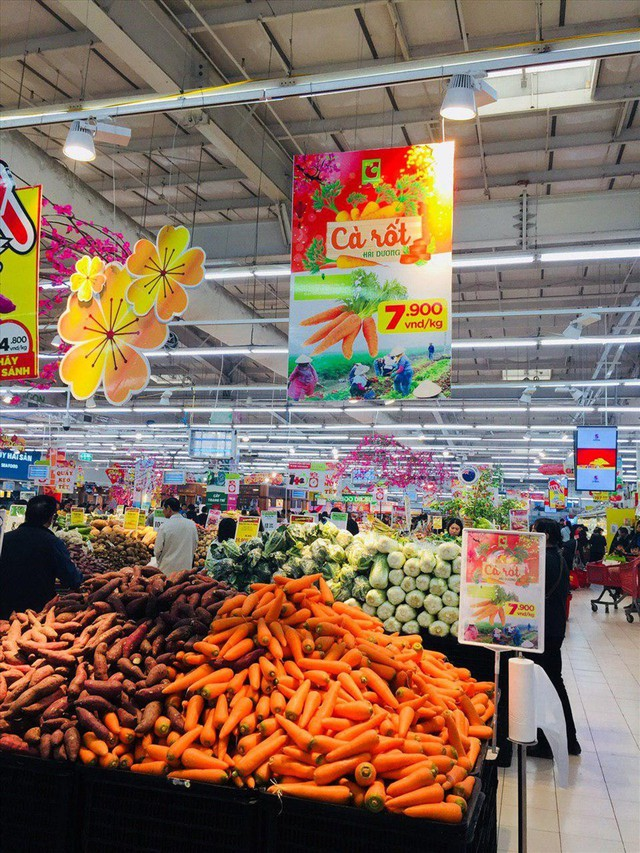 Hỗ trợ nông dân Hải Dương thoát cảnh cà rốt được mùa mất giá - Ảnh 2.