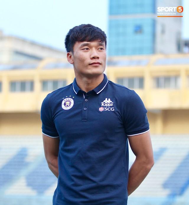 Bùi Tiến Dũng: Tôi muốn bắt chính tất cả các trận đấu của Hà Nội FC - Ảnh 1.